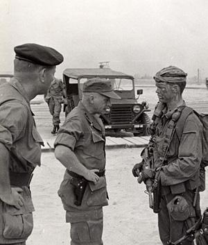 Lt. Gen. Richard Stilwell inspects RT Idaho One-Zero John S. Meyer at CCN April 1969.